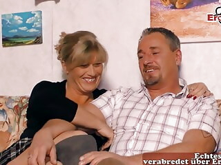 REAL GERMAN HOUSEWIFE AT THREESOME CASTING, MMF iceporn amateur milf german