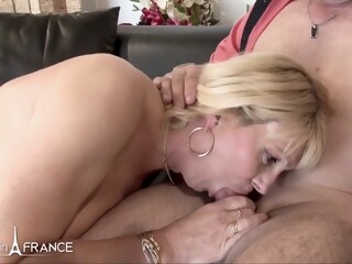 Anais Mature amateur couple iceporn amateur big tits blonde