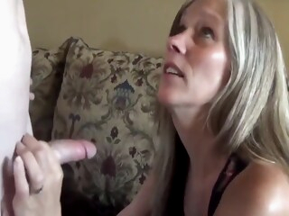 Sexy milf with saggy tits in homemade sextape iceporn amateur big tits milf