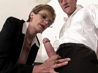 Lady Sonia in British lady fucking on a table iceporn big tits blonde british