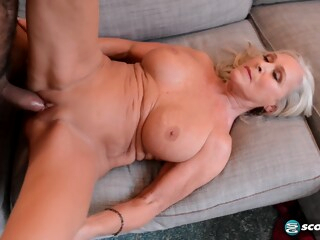 Katia happy return has a happy ending iceporn big tits blonde cumshot
