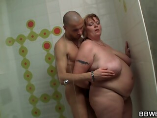 Washing The Fattie Who Washed His Car iceporn bbw big tits brunette