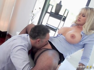 Tits Out To Lunch - Ryan Conner iceporn anal big ass big tits