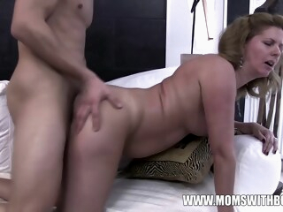 Amateurs Mom Comes Home To Stepson Jerking To Porn iceporn amateur brunette cumshot