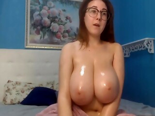 Delicious big boobs cam iceporn amateur big tits european
