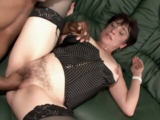 Amateur Hairy Milf kinky first shooting iceporn amateur cumshot fisting