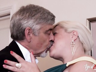 AgedLovE Mature With Big Tits Got Rough Fuck iceporn masturbation mature toys