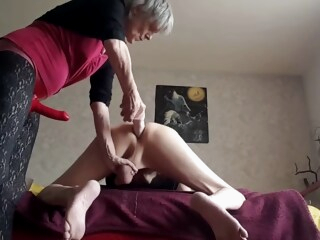 Dominant Granny Strapon Pegging Her Submissive Hubby iceporn amateur anal femdom